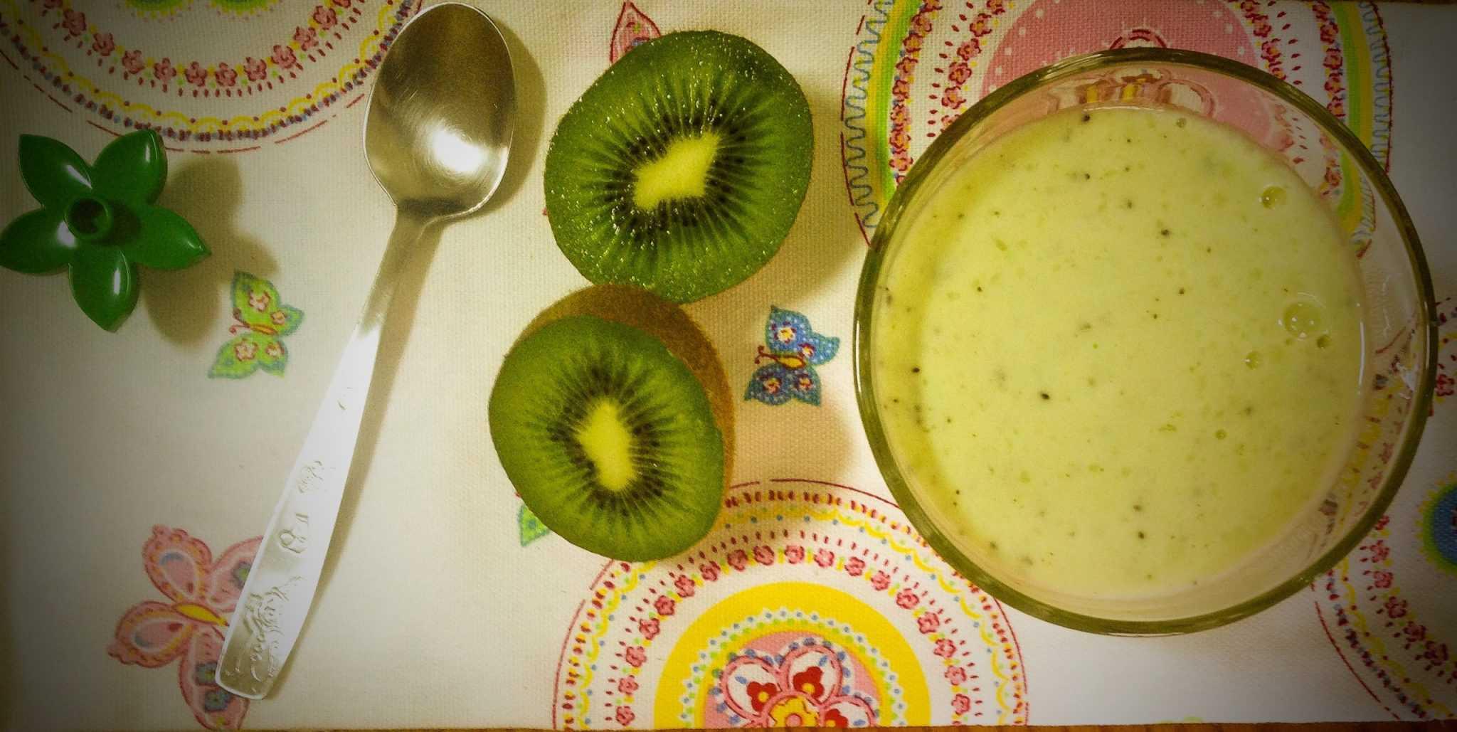 Papinha de banana e kiwi