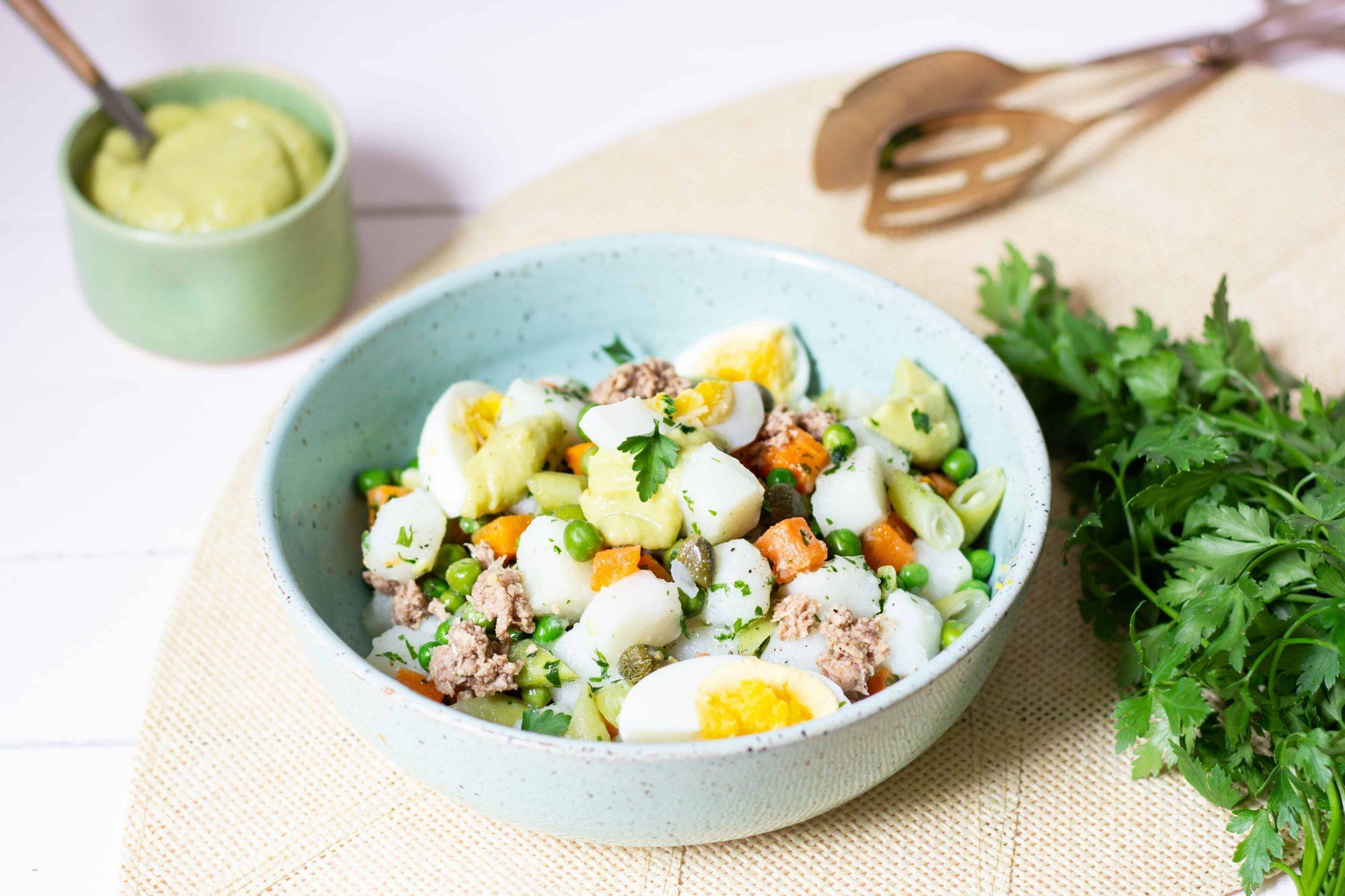 Salada Russa com maionese de abacate